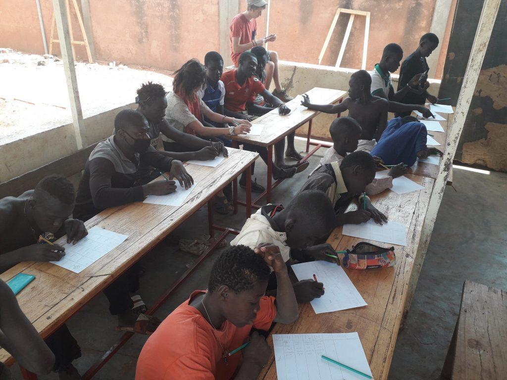 Informe del mes de febrer'19 del Centre de dia Tié per nens i adolescents del carrer de Bobo-Dioulasso